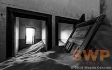 Abandoned, monochrome WO-0360M